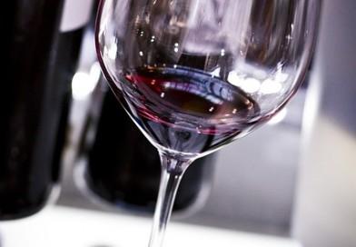 Dokonalá oslava? Spojte zábavu s degustací vín